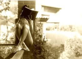 mujer leyendo 3