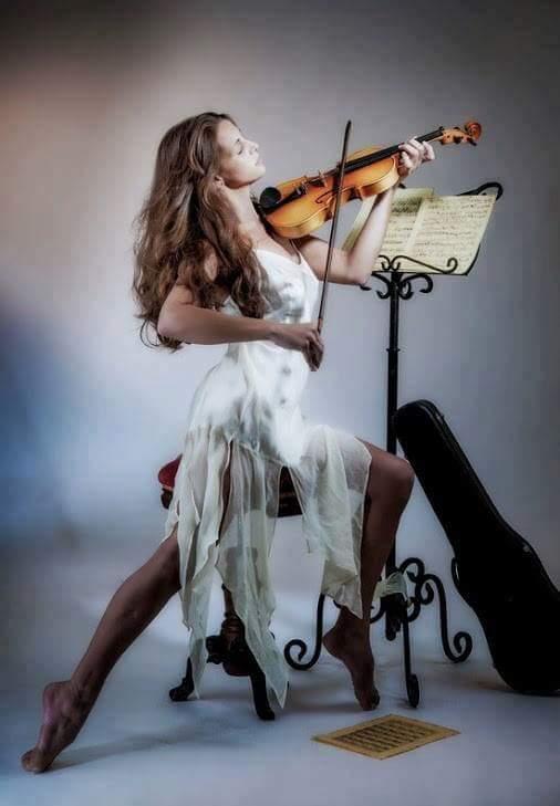 mujer violin